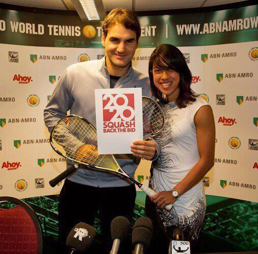 Roger Federer insieme alla pluricampionessa del mondo Nicol David
